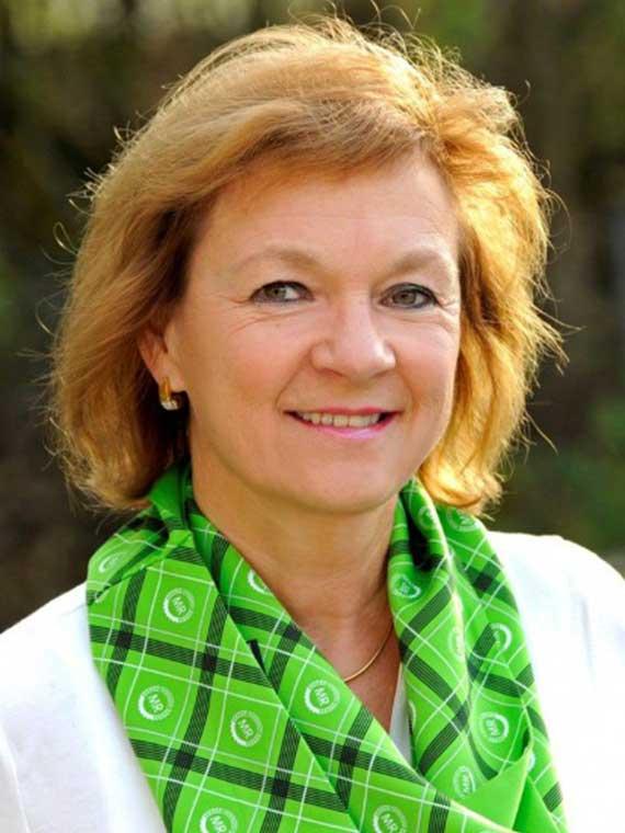 Monika Khanzadian